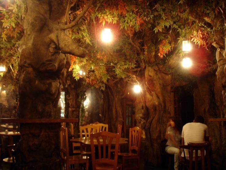 El Bosc de les Fades, Barcelona - Fairy Forest Cafe. Passage de la Banca