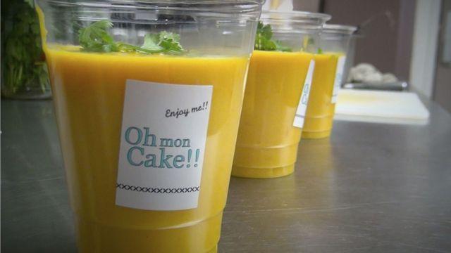 Découvrez la recette de la soupe froide carottes-lentilles corail-coco.