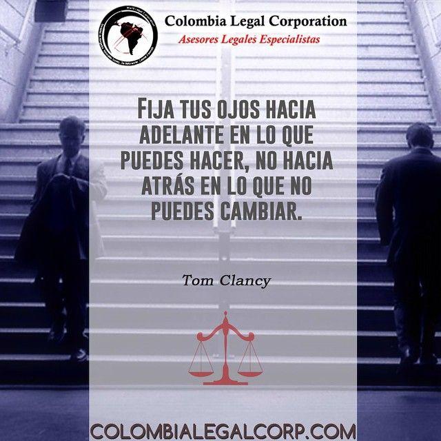 """Buen día #Colombia """"Fija tus ojos hacia adelante en lo que puedes hacer no hacia atrás en lo que no puedes cambiar"""". #Inspiracion #Motivacion #CrecimientoPersonal #Derecho #chronogram_ via @chronogram_"""