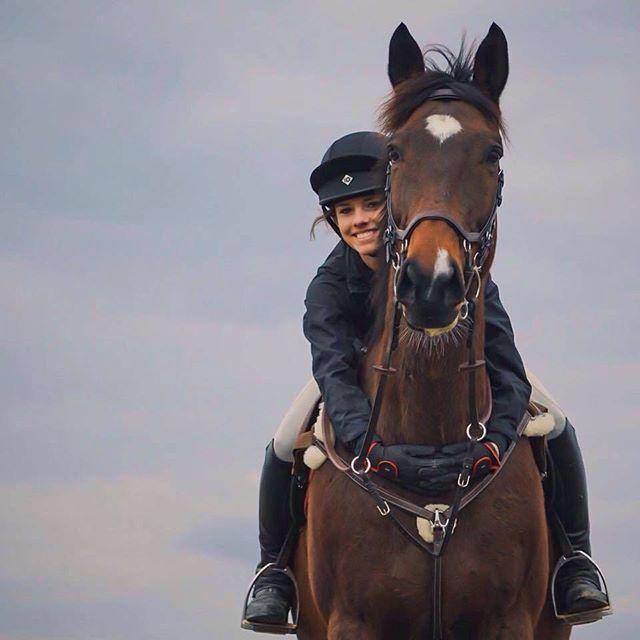 Nur ein Wort: schön! Es ist auch nicht ärgerlich, dass das Pferd mehr auf der … – Equestrian – #