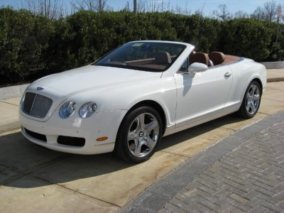 White bentley convertible <3 I know I ALWAYS say this, BUT, this is the true #DreamCar!