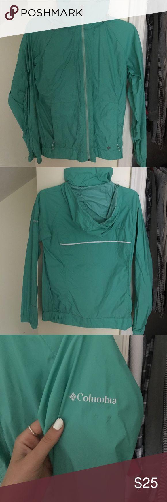 Columbia rain coat Greenish teal Columbia rain coat size S Columbia Jackets & Coats