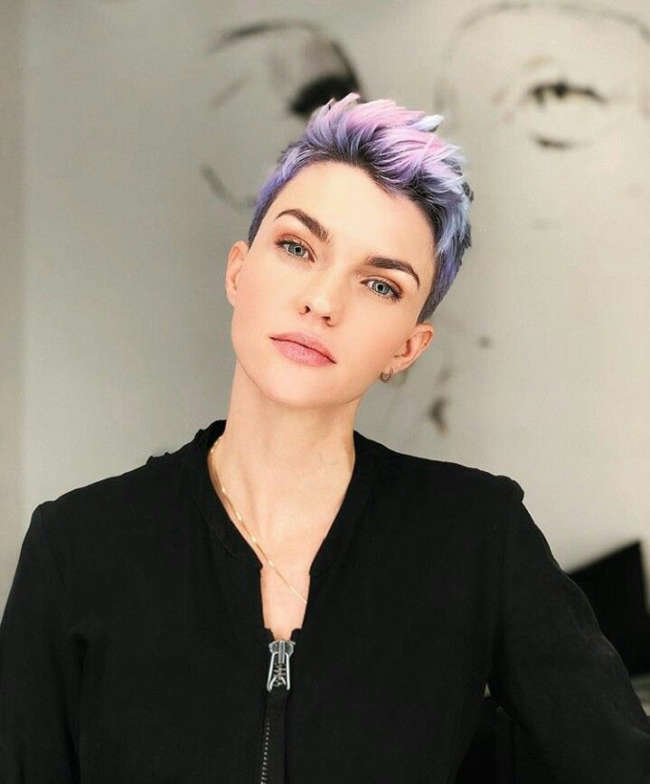Super Awesome Ruby Rose Short Haircuts You Ll Love To Tomboy Hairstyles Ruby Rose Hair Short Hair Styles