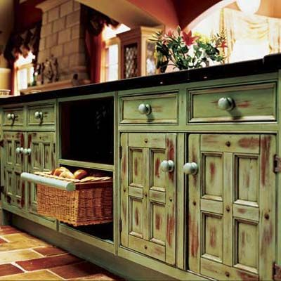 kitchen cabinet painting guide - Distressed Kitchen Cabinet
