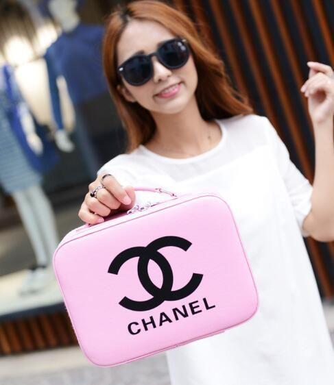 wholesale handbags Korean fan cosmetics box elegant letter hand ladies cosmetic bag travel home beauty cosmetics box waterproof storage box