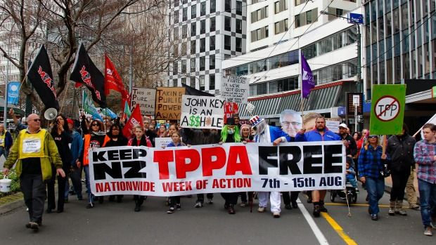 Thousands of people have marched against the Government's controversial Trans-Pacific Partnership (TPP) agreement in rallies around the country.