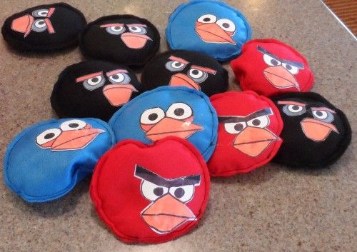 Beanbag Angry Birds - Love the simplicity, but I'd do fleece for the faces