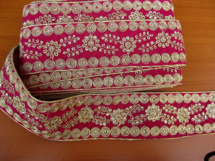 9 meters,magenta/ pink and golden embroidered sequin lace/ floral border/sari border. 360 inches approx. by vibrantscarves on Etsy