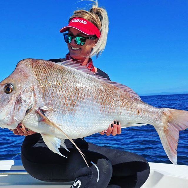 @ginacleaverofishal smashing her PB  90cm Snapper landed in Coffs Harbour on 10lb gear   Gear used: Anarchy 702, Sustain 3000,  10lb Power Pro Braid,  16lb Ocea Monofilament Leader,  Squidgy Wriggler 160mm Princess