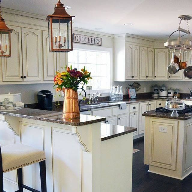 Countertops For Off White Kitchen Cabinets: Best 25+ Off White Kitchens Ideas On Pinterest
