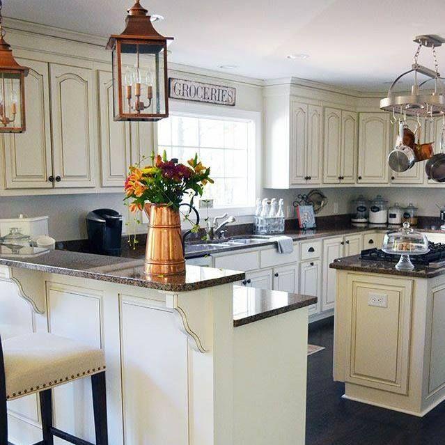 Best Antique White Paint Kitchen Cabinets: Best 25+ Off White Kitchens Ideas On Pinterest