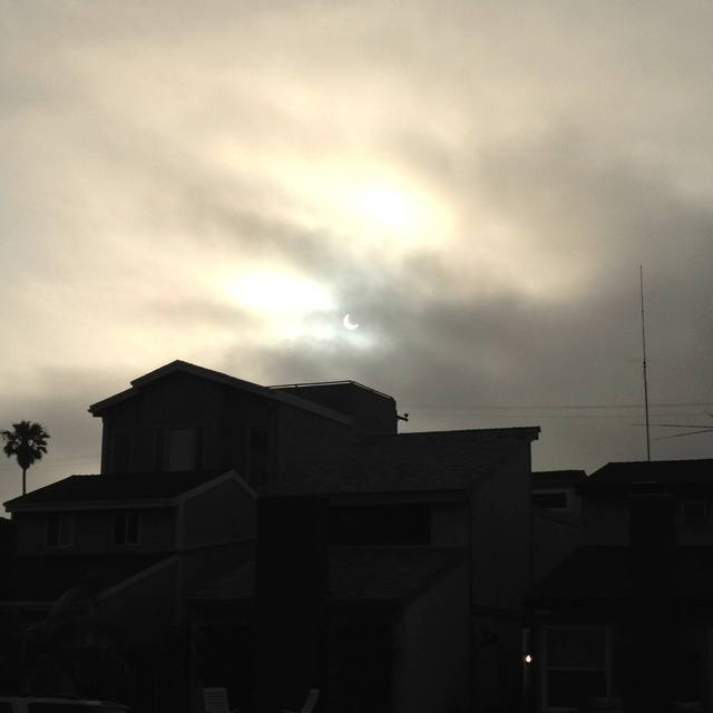 Solar Eclipse in So Cal!  amazing!  the fog is acting as a nice lens to filter the brightness.Random Fun, Fun Stuff, Nice Lens, Solar Eclipse, Solar Eclipes