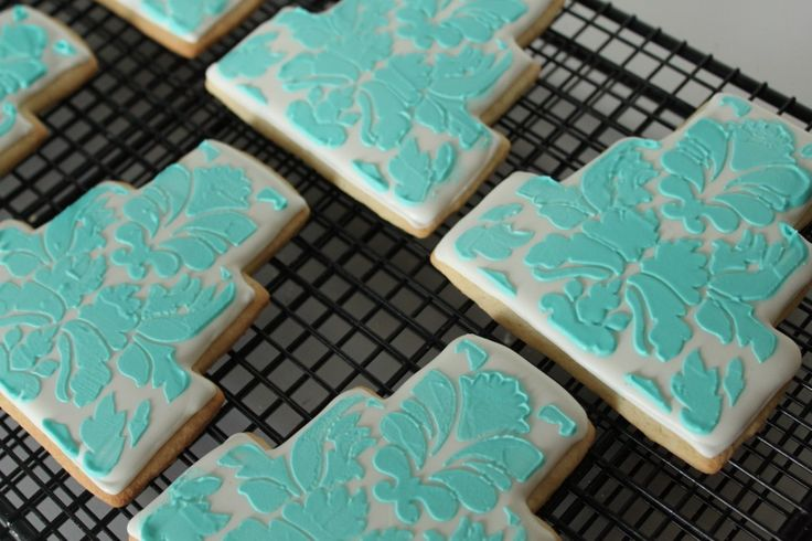 Cute wedding cake cookies with Tiffany blue and white!