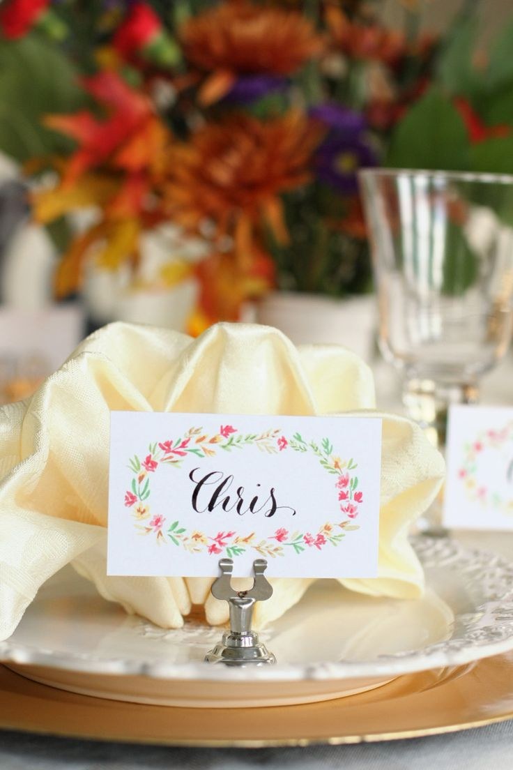 Free Printable Thanksgiving Place cards | Watercolor florals | folded and flat versions | by Natalie Malan #thanksgiving #placecards