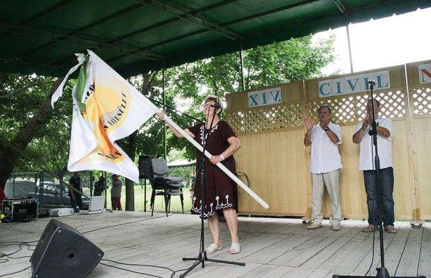 Szarvas vehette át a Civil Találkozó hivatalos zászlaját