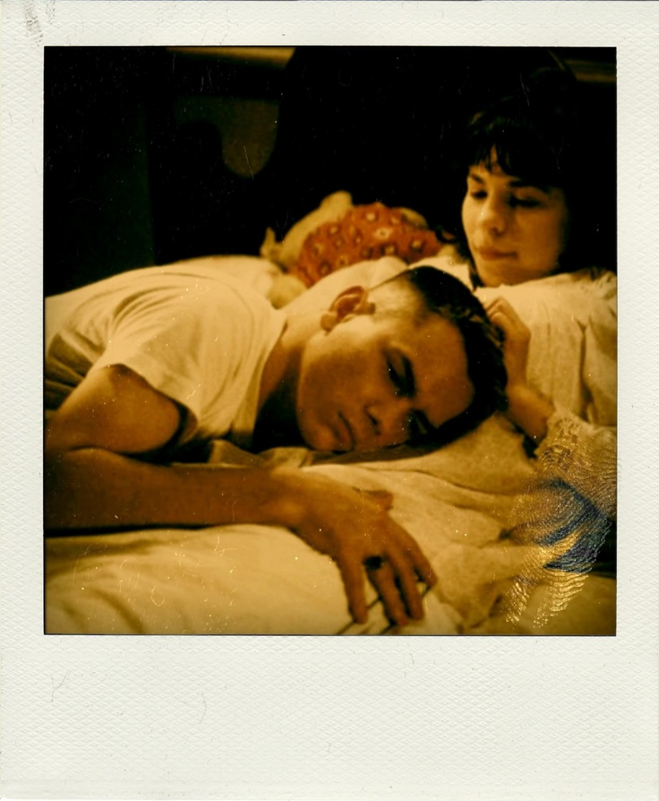 Love love love this picture of River and Lili Taylor in Dogfight <3
