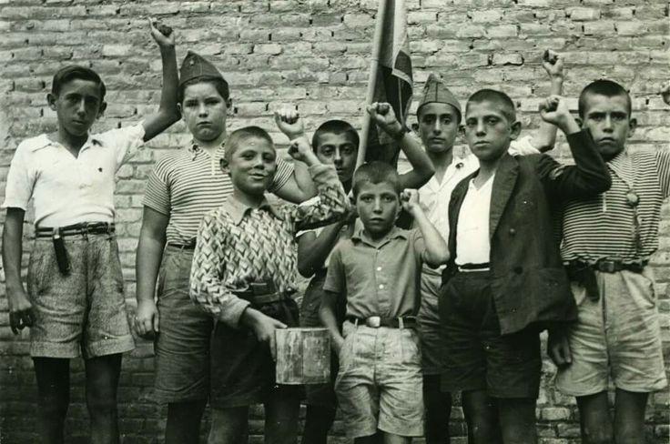 Niños madrileños. Agosto 1936