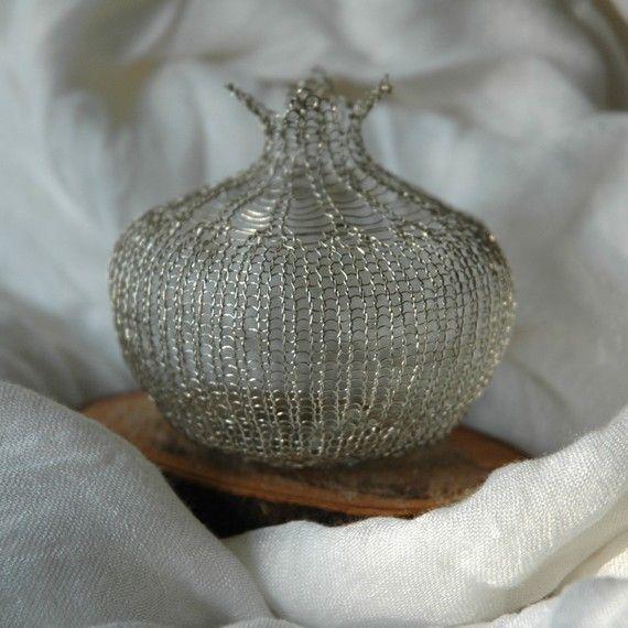 Wire pomegranate pattern wire crochet tutorial wire work instructions DIY wire sculpture yoola ebook