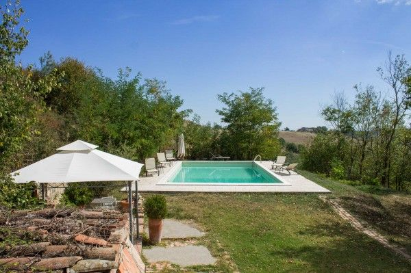 #Swimming #Pool in a beautiful #garden in #Tuscany #Italy