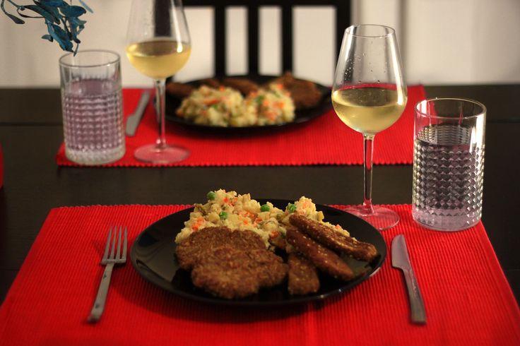 Hohoho Veselé Vánoce! Rozhodla jsem se, že si vyzkouším pár jídel před oním slavným dnem, jelikož na vegan kuchařce na fejsbučíku se už...
