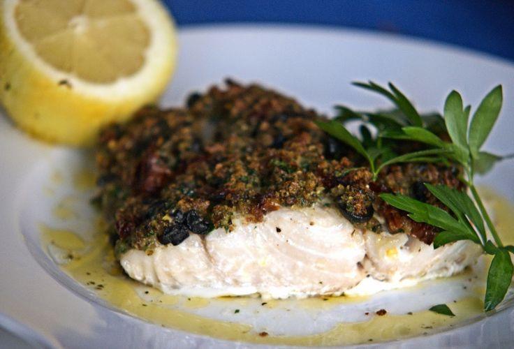 szczypta smaQ: Ryba pieczona pod ziołową kruszonką - czarniak