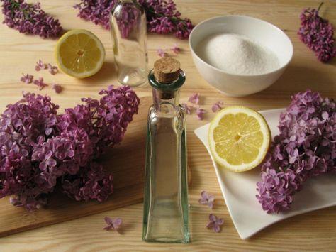 Ha virágzik az orgona, akkor érdemes kipróbálni az orgonaszörp készítését: nem kell hozzá más, mint pár csészényi lila virág, citrom és cukor. A hobbikert.hu kipróbálta...