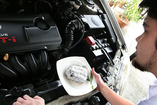 How to Cook Food on Your Car's Engine: 10 steps (with pictures) - the engine is incredibly clean! must be a brand new car; the warnings at the end are very good and explain things well