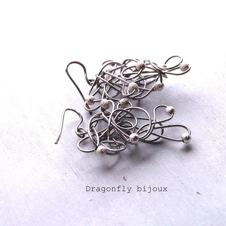 """""""Tangled earrings"""""""