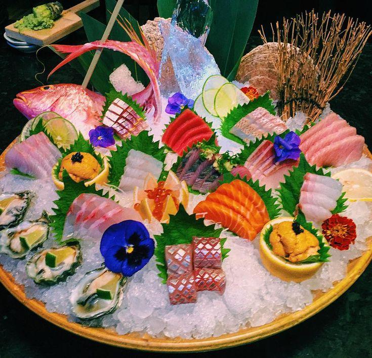 Sashimi platter from #Chicago! by chefmikelim