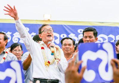 Rainsy: Hun Sen holding hostages