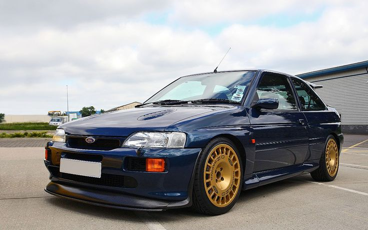 1992 Ford Escort RS Cosworth - Specifications, Images, TOP Rating
