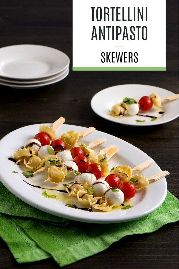 These tortellini antipasto skewers are sure to be a hit with everyone! Admittedly, it will be on my holiday table this year, and anything with mozzon it or in it is a win in my book.