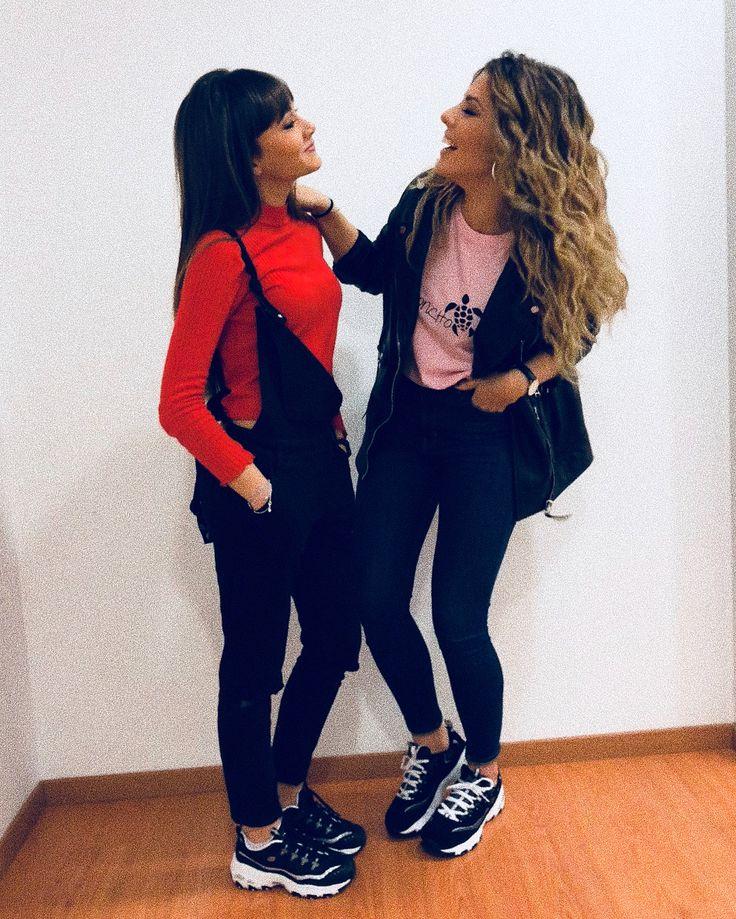 """112.8 mil Me gusta, 1,419 comentarios - MIRIAM (@miriam_ot2017) en Instagram: """"Súper natural, súper espontáneo todo. Aquí con la hermana pequeña ♀️ Estrenando @skechersspain """""""
