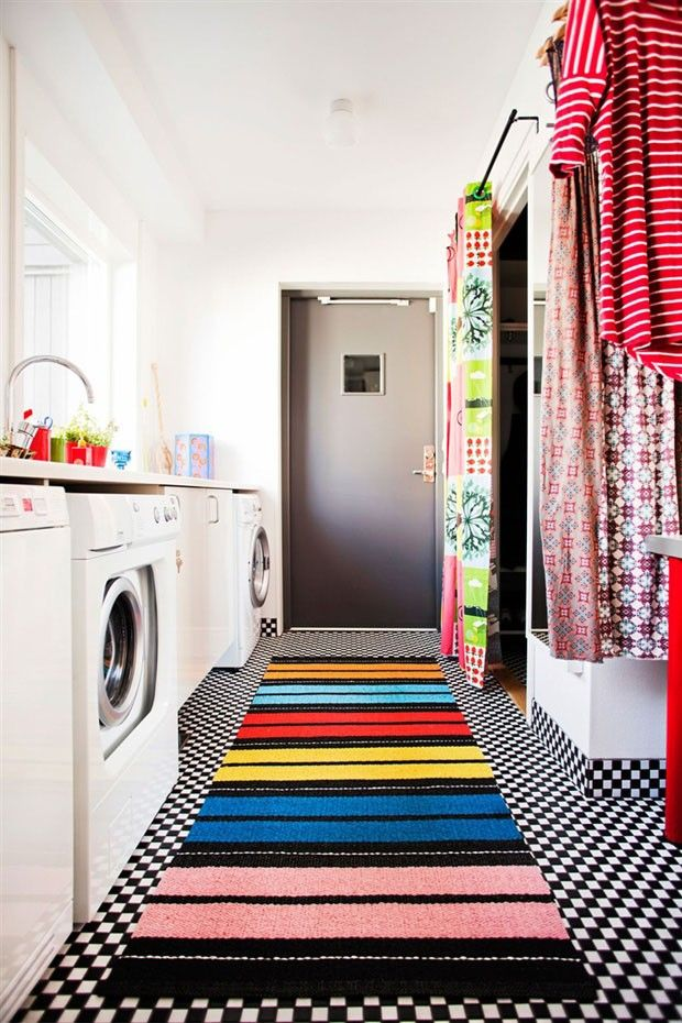 Quem disse que a lavanderia tem que ser branca? #decor #decoracao #cores #lavanderia