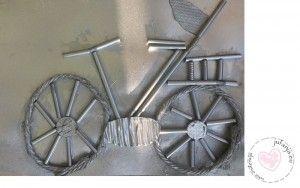 Thema de fiets: fiets van rietjes en touw