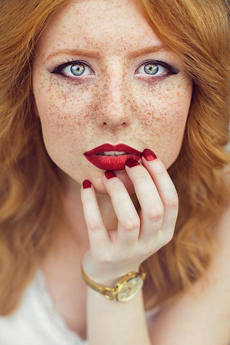 «Поцелуй солнца» фотографа Maja Topcagic девушки, рыжие, фотопроект