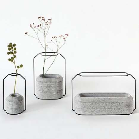 Digging the negative space suggesting a taller vase. Cool idea.