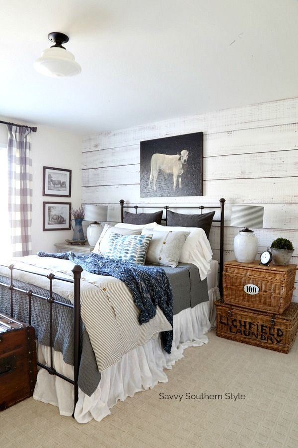 Savvy Southern Style: Farmhouse Style Winter Guest Bedroom and Decorating Tips