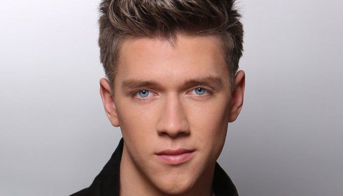 Collins Key Was Born On 9 May 1996 In Los Angeles California He Is One Of The Famous Magician And Youtuber Collins Seems To Th Collins Key Collins Devan Key