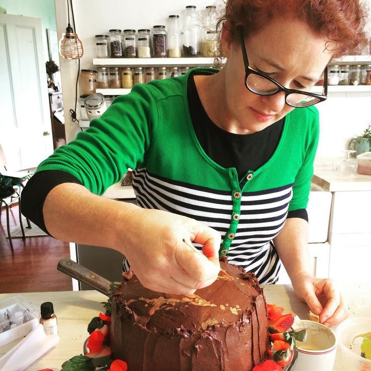 Putting the last touches on a Fairtrade cake for a Good magazine photoshoot. And yes it's as delicious as it looks ...