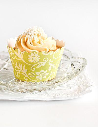 Coconut chiffon cupcakes
