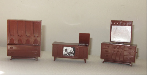 broyhill brasilia dollhouse furniture?