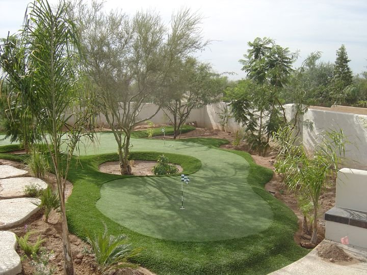 synthetic grass putting green landscape design