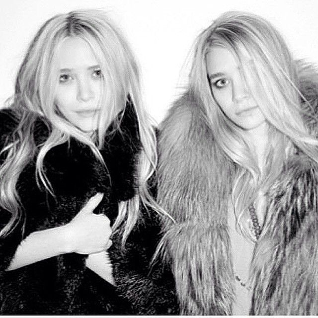 Congratulations To Mary-Kate and Ashley Olsen On Their #CDFA Award #greatdesign #fashion #olsentwins #fur #lovefur #style #inspiration