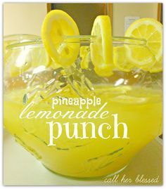 Pineapple Lemonade Punch 1 cup of Country Time lemonade mix 2 cups of cold water 1 46 oz can of chilled pineapple juice 2 cans {24 oz} chilled Sprite 2 lemons, sliced ice