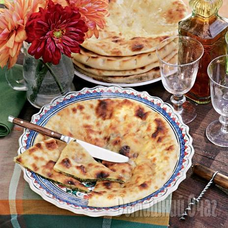 Осетинские пироги    Эти пироги нравятся всем. Простая начинка и несложное в приготовлении тесто  http://www.goodhouse.ru/recipes/kategoriya-desert-vypechka/387254/#ad-image-0#ixzz2KfxopUsZ