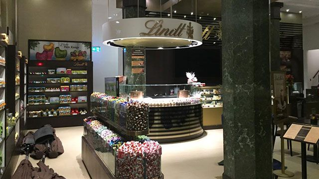 Lindt Café reopens in Martin Place Sydney : Woman's Day