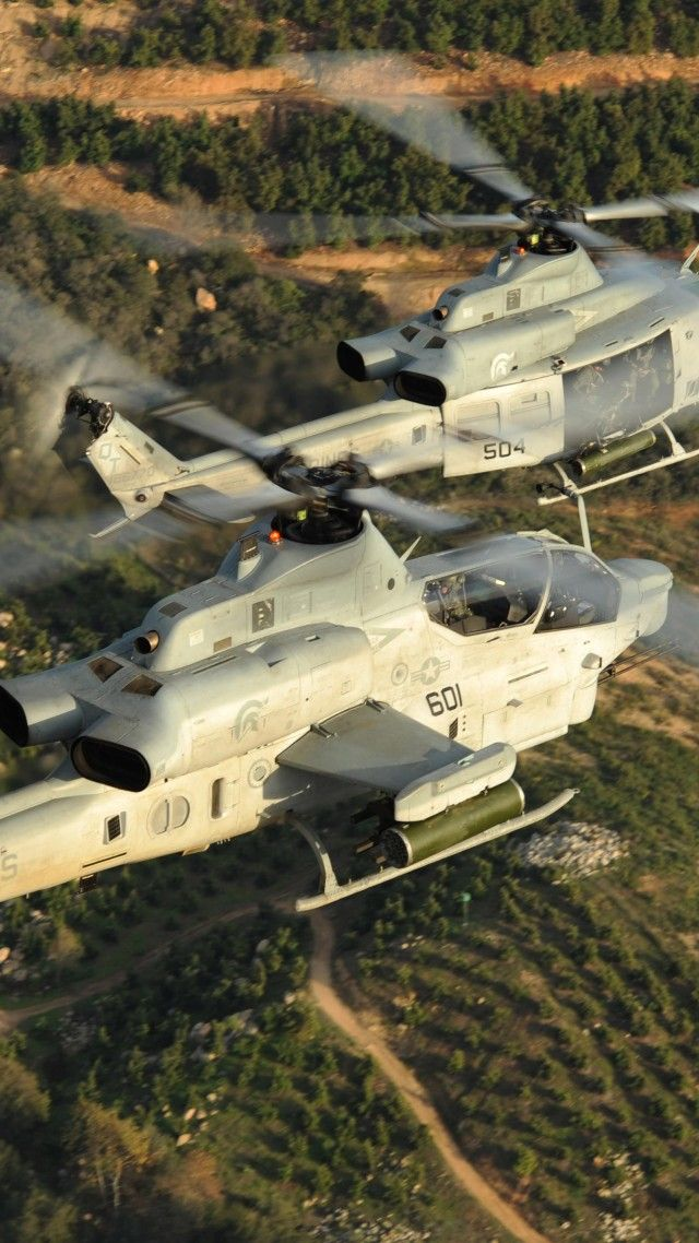 Viper, AH-1Z, Bell, attack helicopter, U. S. Marine, Zulu Cobra, flight, field, sky