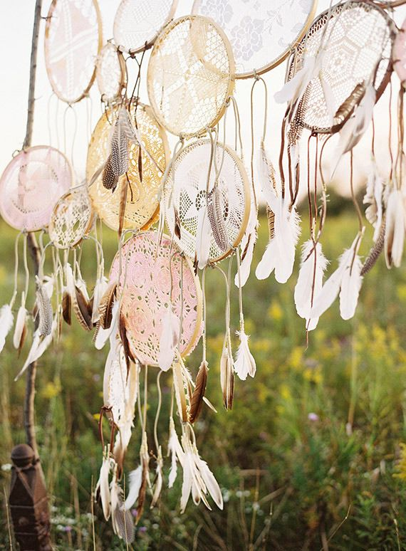 Dreamcatcher wedding decor   Photo by Olivia Leigh Photographie   Read more - http://www.100layercake.com/blog/wp-content/uploads/2015/04/Bohemian-ranch-wedding-inspiration