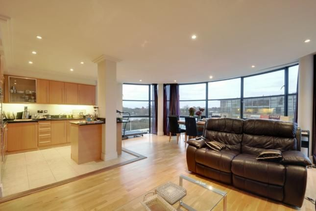 2 Bed Flat For Sale, Town Meadow, Brentford TW8, with price £575,000 Guide price. #Flat #Sale #Town #Meadow #Brentford